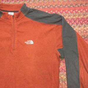 TKA 100 NORTH FACE ORANGE FLEECE PULLOVER